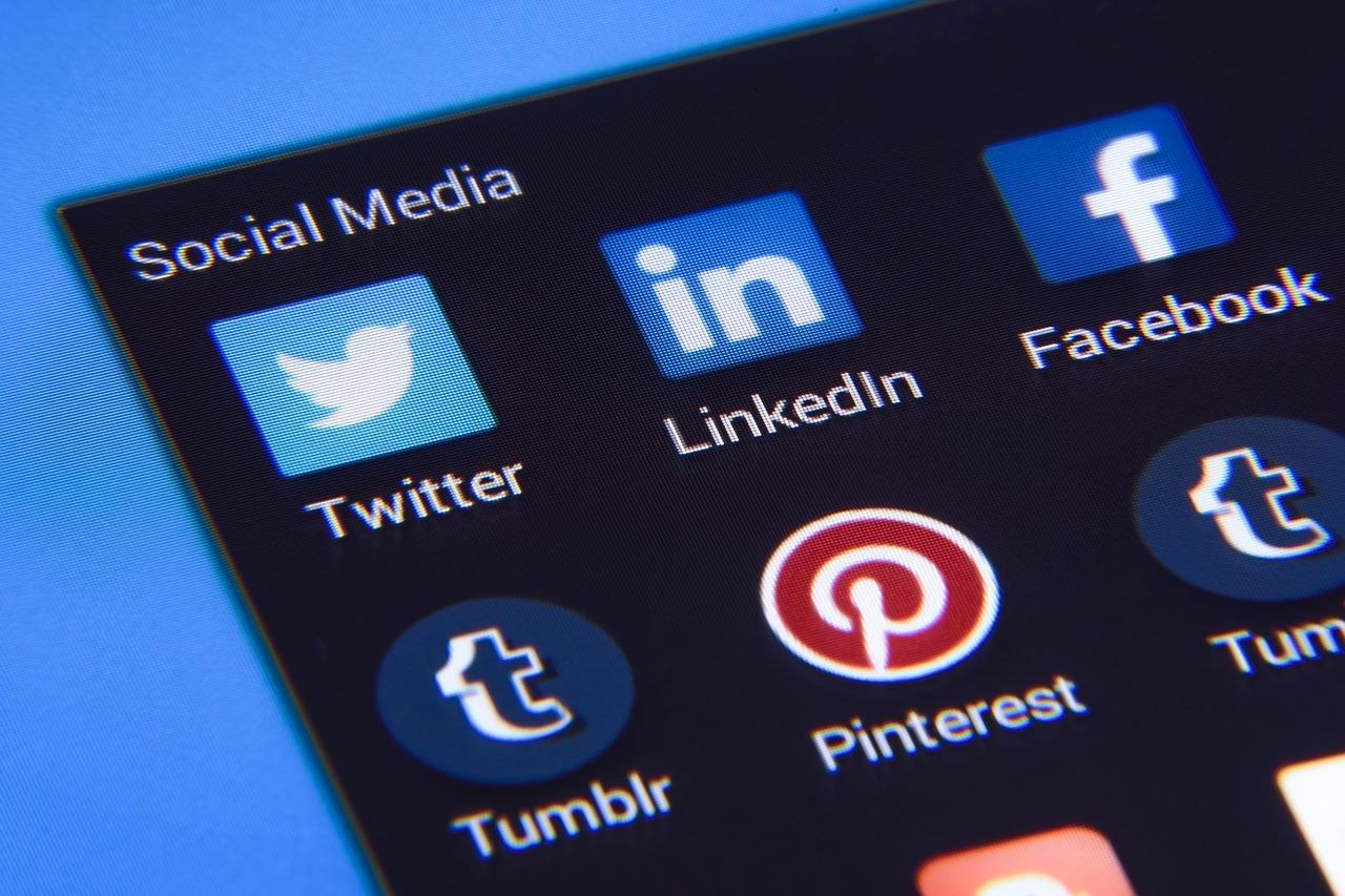 cbd-ban-by-social-media
